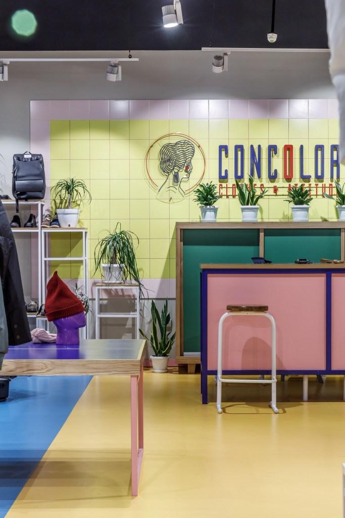 Краска Little Greene в интерьере магазина одежды Concolor store